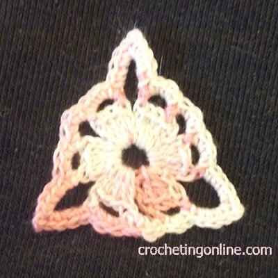 Triangle granny crochet stitches